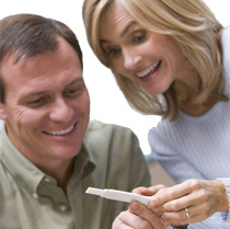 tubal-reversal-for-older-men-pregnant-couple